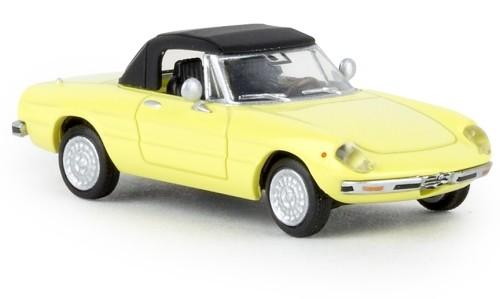 Brekina Alfa Romeo Spider geschl.(1969) hellgelb TD (29608)-Copy