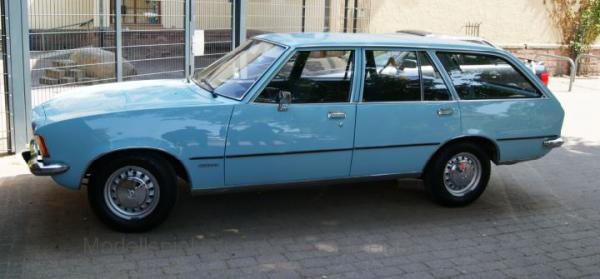 PCX87 Opel Rekord D Caravan hellblau (870021)