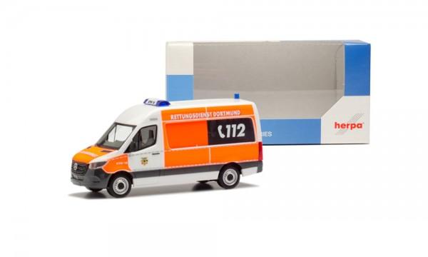 """Herpa Intermodellbau MB Sprinter `18 Bus """"Feuerwehr Dortmund"""" (944823)"""