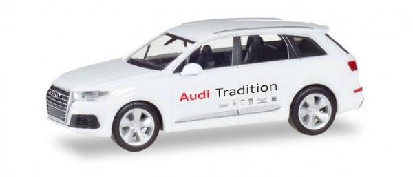 "Herpa Audi Q7 ""Audi Tradition"" (094085)"