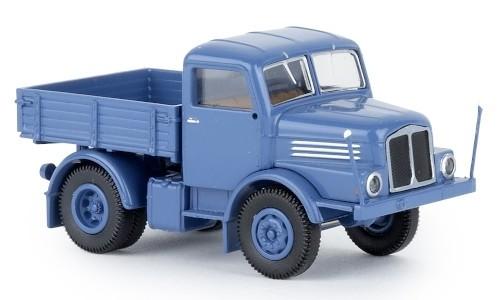 Brekina IFA S 4000-1 Zugmaschine (1965) blau (71450)