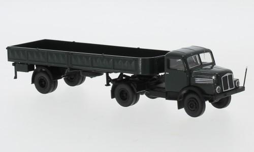 Brekina: IFA S4000-1 Pr.-Sz. dunkelgrün/schwarz (71401)