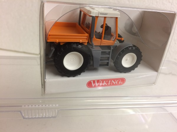Wiking Fendt Xylon mit Ladepritsche orange (3800229)
