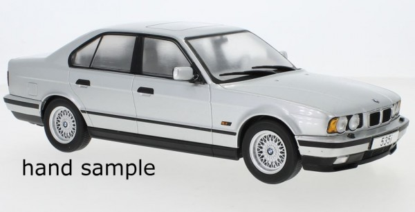 MCG BMW 5er (E34) (1992) silber (18158)