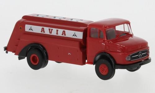 """Brekina: Mercedes L 322 Tankwagen """"Avia"""" (47039)"""