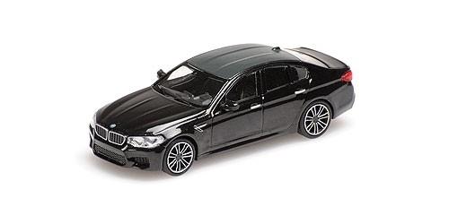 Minichamps: BMW M5 Limousine schwarz-met. (870028002)